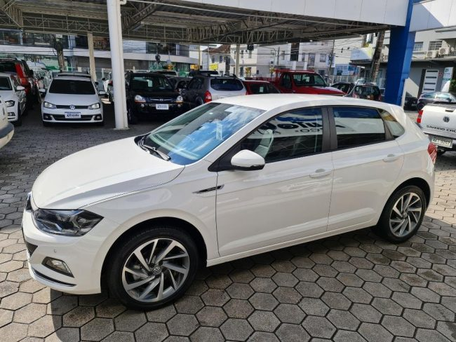 Volkswagen Polo HIGHLINE 200 TSI 1.0 2019