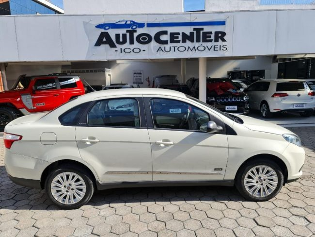Fiat Siena ESSENCE 1.6 2016