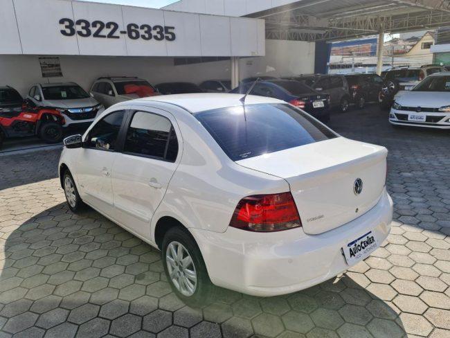 Volkswagen Voyage 1.6 I-TREND 2012
