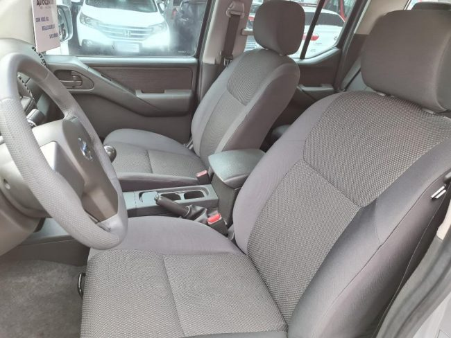 Nissan Frontier XE 2.5 4X2 2012